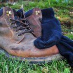 scarpe puzzolenti, barboni, viaggiare senza soldi, vagabondi