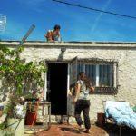 wwoofing in Spagna, gavettoni, agguato, tetto