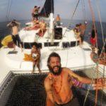 Lavorare su di un catamarano a Cartagena