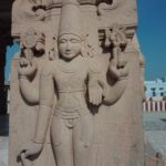 Vivere in Ashram, India, statua