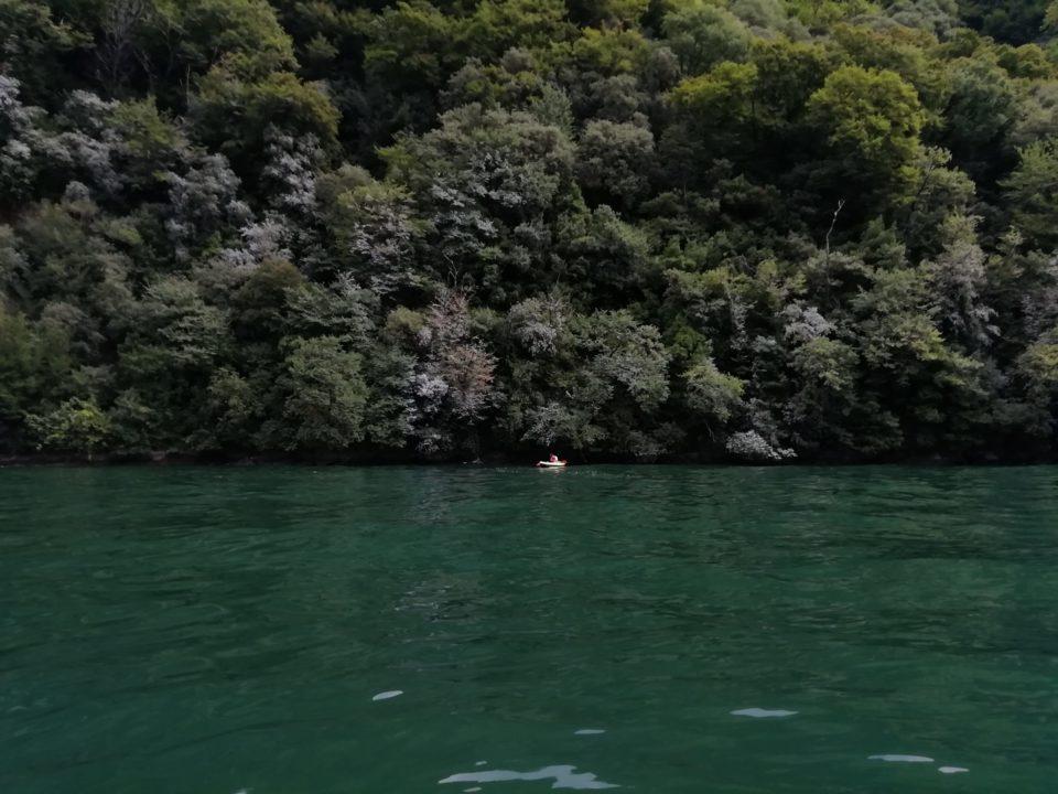 Lago di Como in canoa