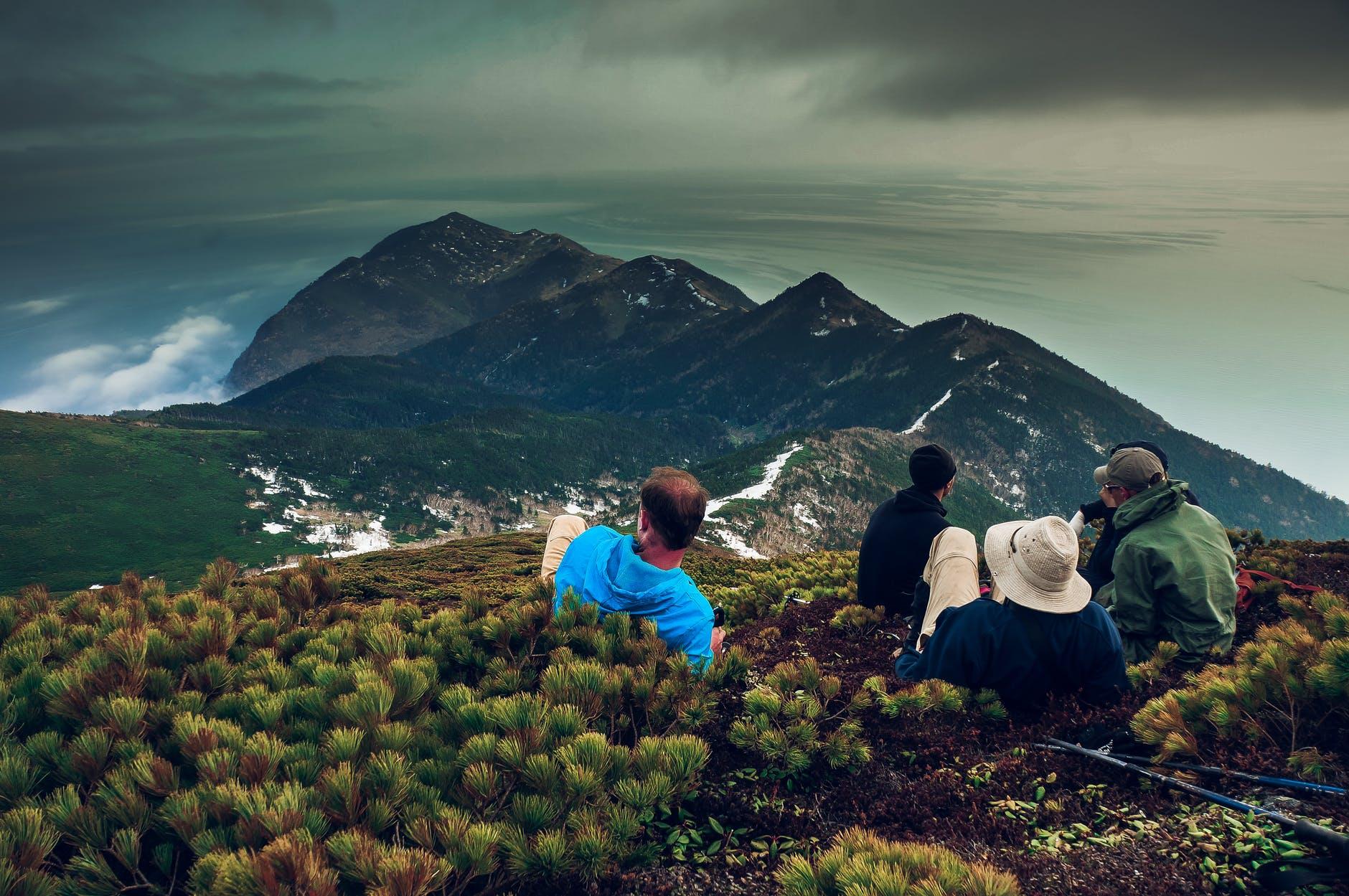 scalatori, viaggiare con lentezza, viaggio lento, viaggiare, scalare, trekking, gita, escursione