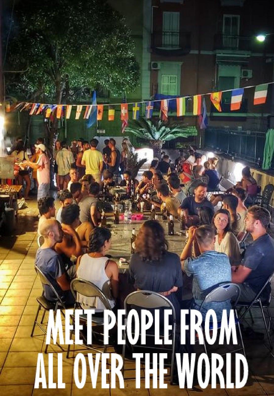 hostel exchange, scambio di ospitalità, vitto e alloggio, ostelli italiani, ospitalità gratuita, volonturismo, volontariato, volontari
