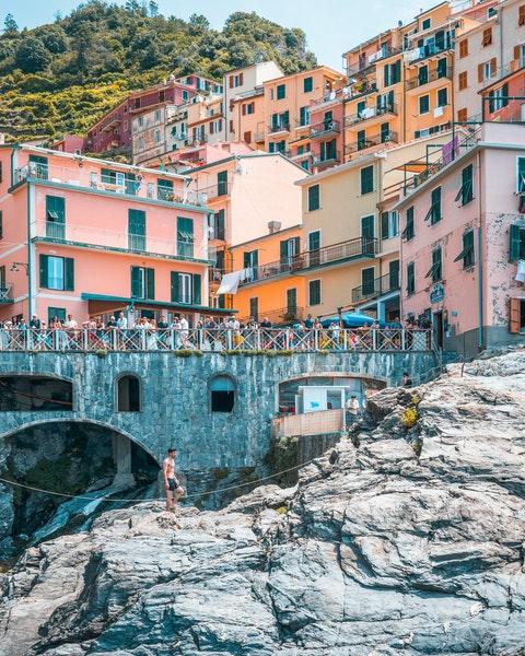 Monterosso, cinque terre, liguria con lentezza, slow travel, viaggi lenti, escursioni, a piedi,