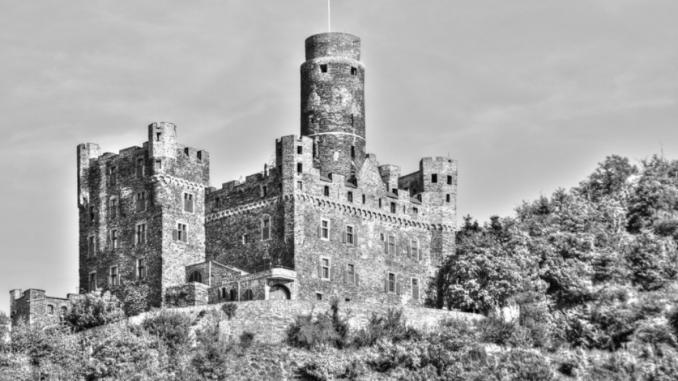 castelli europei, forti, meraviglie del mondo, castello, Germania, lentezza, slow travel, escursioni, avventure, medioevo, viaggi lento, turismo lento, storia antica, storia