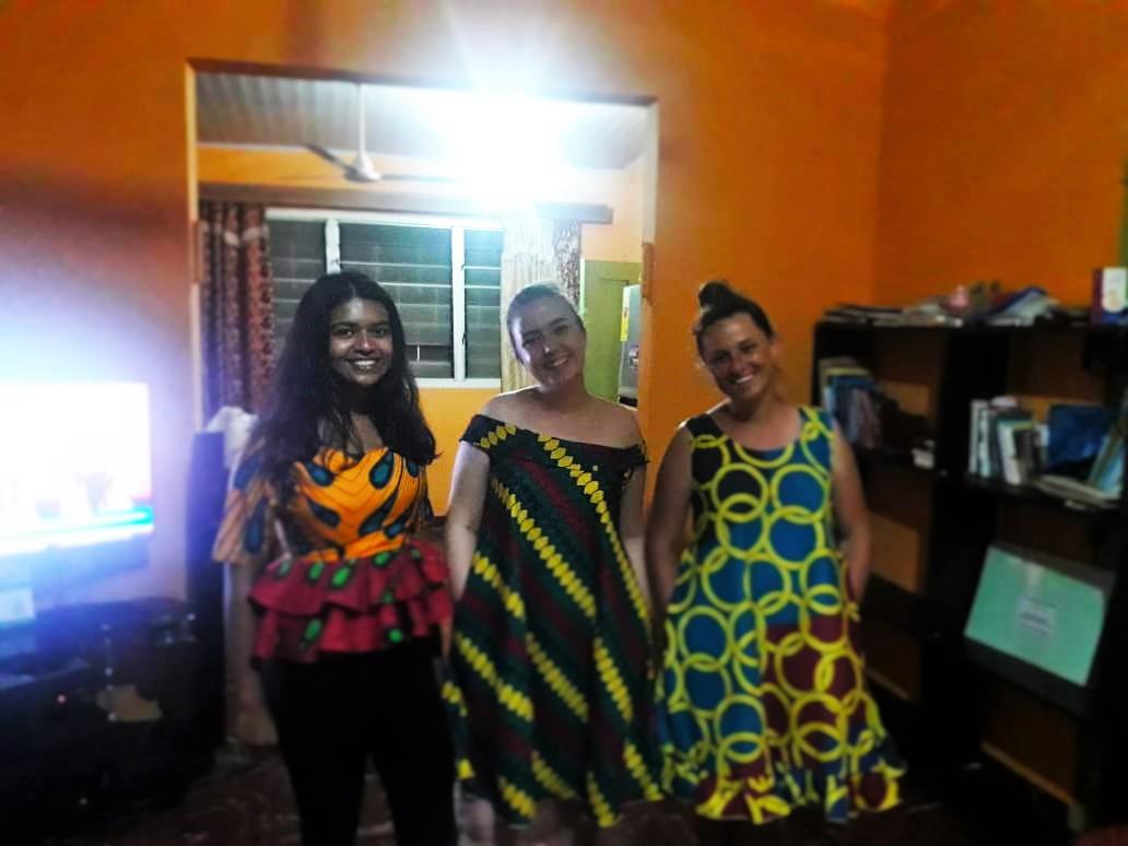 volontarie, Africa, scambio culturale, esperienze di vita, costumi etnici, Ghana