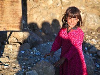 Come posso aiutare l'Afghanistan, cosa posso fare, afghani, bambina afghana, foto, px, pex, pixa